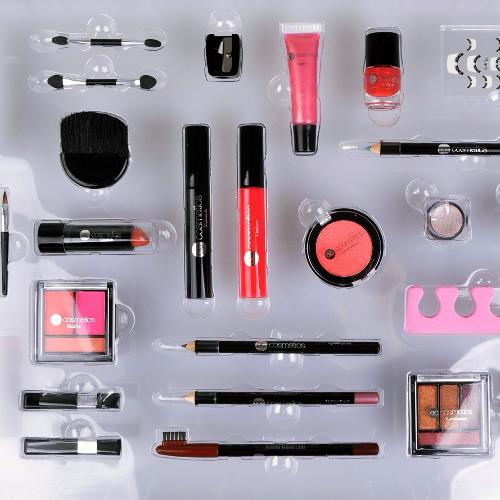 Make Up Weihnachtskalender.Weihnachtskalender Für Frauen Schminkset