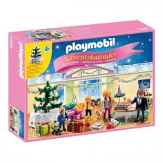 PLAYMOBIL - Adventskalender Weihnachtsabend mit beleuchtetem Baum